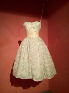 900 Outfit mostra Milano
