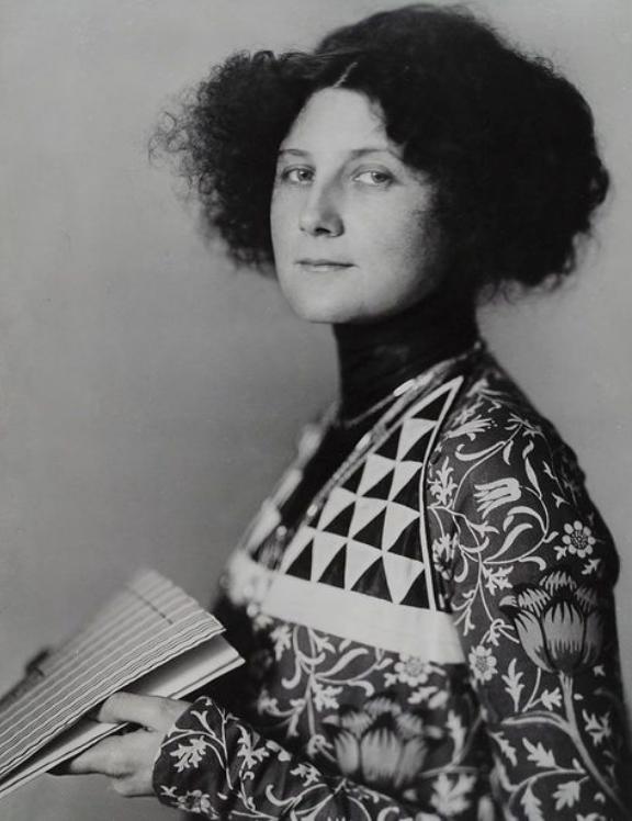 Emilie Flöge, 1908, Madame d'Ora.