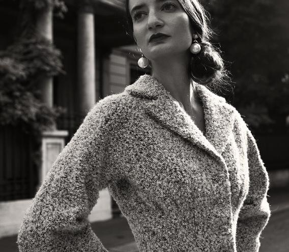 Dettaglio di un tailleur in lana bouclè Ferdinandi
